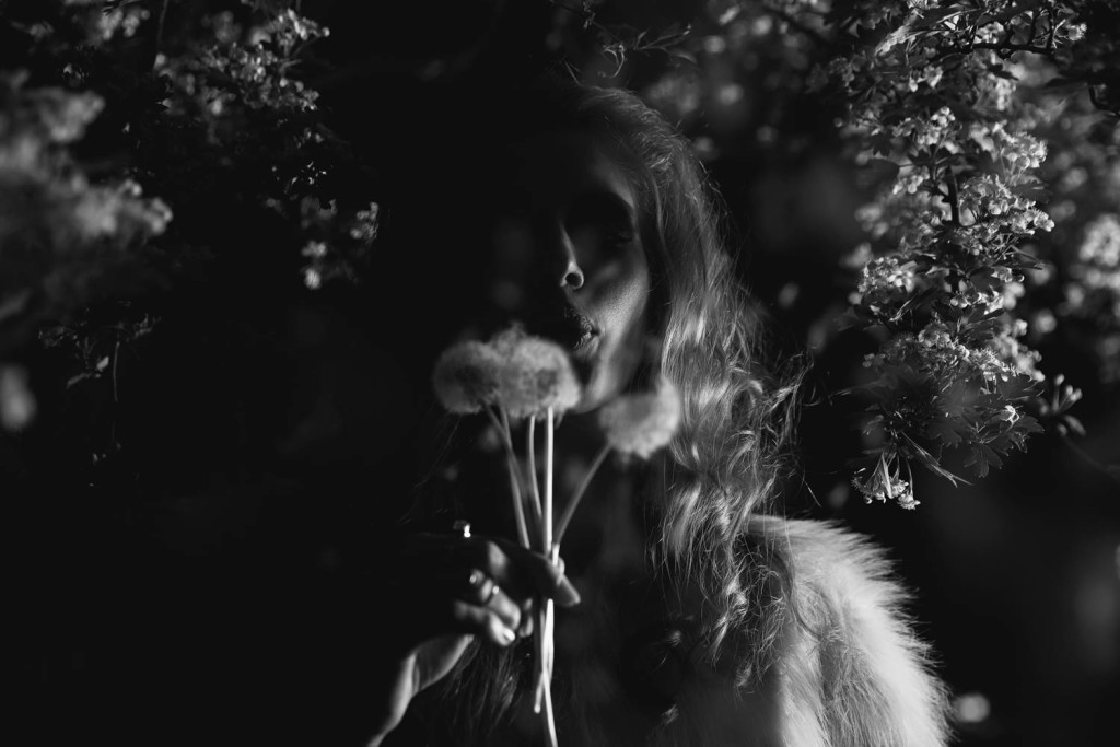 makijaż lata 70 mocne smoky inspirowane brigitte bardot