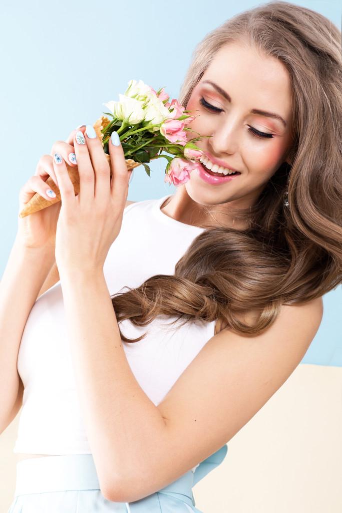 letni brzoskwiniowy makijaż ślubny do sesji